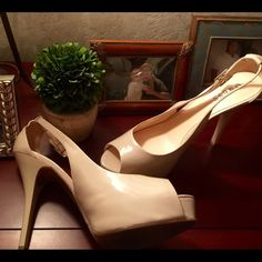 """Guess Beige Patent Leather Platform Stilettos Soft beige in color, no marks or scratches. Worn 1x. 5"""" stiletto heel. Virtually NO wear on these shoes. Priced to sell. Guess Shoes Platforms"""