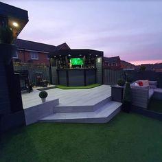 Backyard Bar, Backyard Seating, Backyard Patio Designs, Gazebo On Deck, Outdoor Kitchen Patio, Garden Bar Shed, Garden Deco, Modern Landscaping, Backyard Landscaping