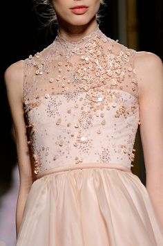 Georges Hobeika Spring 2013 Haute Couture, Sequins are so pretty, yes please!! #TopshopPromQueen