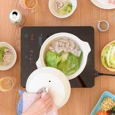 "9,010 Likes, 6 Comments - 北欧、暮らしの道具店 (@hokuoh_kurashi) on Instagram: ""\new arrival!/ IHも直火も併用できて、鍋としてはもちろん、蒸し料理もできる! KINTOの土鍋「KAKOMI(かこみ)」が新登場です。 ・…"""