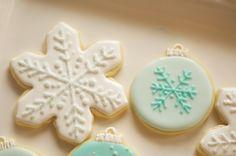 www.SoonerSugar.com christmas cookies, snowflake cookies, ornament cookies, glitter cookies, blue cookies, turquoise cookies, sooner sugar