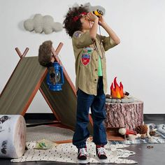 Playtime just got a lot more playful! Meticulously crafted from stunning blonde American maple and covered with a beautiful upholstery-weight organic cotton canvas canopy, this wood play tent is perfect for any child's room. Best of all it doubles as a clothing rack and folds up for easy storage.