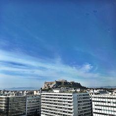 Good morning Athens! #desayunoconvistas #acropolis by jessicadaveyphoto