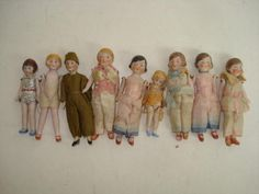 Collection miniature Hertwig all-bisque dolls 9