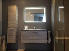 Badkamerkast Met Lamp : 7 best spiegels met led verlichting images on pinterest bathroom