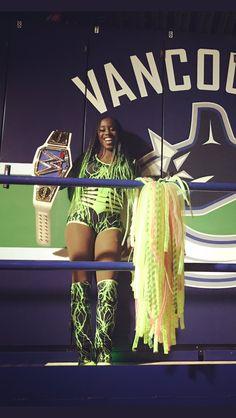 Naomi is so beautiful Black Wrestlers, Wwe Female Wrestlers, Wrestling Divas, Women's Wrestling, Naomi Wwe, Wrestlemania 29, Trinity Fatu, Wwe Sasha Banks, Wwe Women's Division