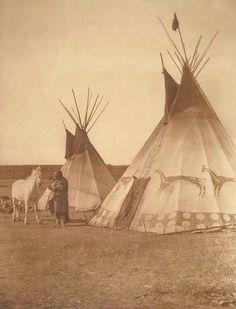 Blackfoot Tipi, 1926