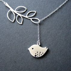 Love this little birdie necklace!