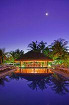 El Dorado Seaside Suites, swim up bar at night {El Dorado Spa Resorts, by Karisma}