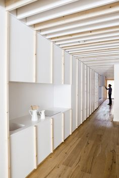 Oak Showroom Barcelona