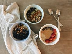 How to Make Overnight Oats (Plus 3 Easy Recipes! Hannah Renee, Easy Recipes, Easy Meals, Overnight Oatmeal, Oatmeal Recipes, Recipe Using, Summertime, Desserts, Food