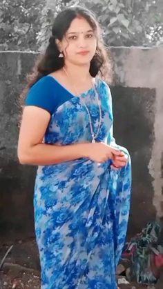 Beautiful Girl Dance, Beautiful Blonde Girl, Beautiful Girl Photo, Beautiful Girl Indian, Most Beautiful Indian Actress, Beautiful Women Videos, Beautiful Women Over 40, Indian Actress Pics, Indian Bollywood Actress