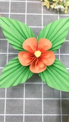 Best Indoor Garden Ideas for 2020 - Modern Paper Flowers Craft, Paper Crafts Origami, Paper Crafts For Kids, Flower Crafts, Diy Flowers, Diy Crafts Hacks, Diy Crafts For Gifts, Diy Arts And Crafts, Decor Crafts
