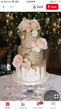 Gold Wedding Cakes For 80 servings, price cat. C, £ 475 plus £ 65 flowers Pretty Cakes, Cute Cakes, Beautiful Wedding Cakes, Beautiful Cakes, Perfect Wedding, Torte Rose, Sweet 16 Birthday Cake, 16th Birthday, Quince Cakes