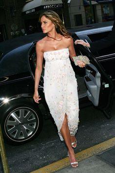 2000s Fashion Trends, Fashion Models, Women's Fashion, Milania Trump Style, Melania Knauss Trump, Donald And Melania, Cocktail Outfit, First Lady Melania Trump, Melania Trump Young