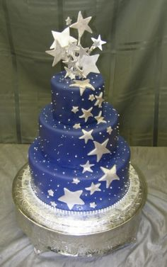 star themed quinceanera | Creating your dream wedding cake can be anything you like. Combine ...