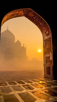 Taj sunrise, Agra, India