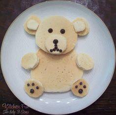 Kitchen Fun With My 3 Sons: Teddy Bear Pancakes.super easy to make! Pancake Kitchen, Pancake Art, Breakfast Dishes, Best Breakfast, Breakfast Ideas, Breakfast Recipes, Toddler Meals, Kids Meals, Toddler Food