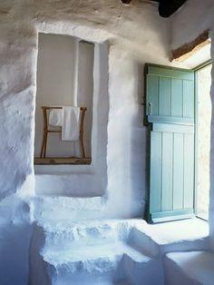 Vacaciones en Mykonos. La casa de Deborah French via http://sole-studio.blogspot.com.es/2014/07/casa-mykonos.html
