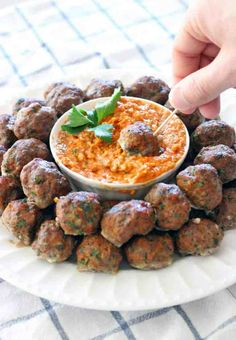 This baked version of Paleo Greek Meatballs (Keftedes) are paired with a super easy Romesco Sauce. The PERFECT make-ahead appetizer for your next party! Heavy Appetizers, Paleo Appetizers, Make Ahead Appetizers, Appetizers For Party, Appetizer Recipes, Toothpick Appetizers, Parties Food, Christmas Appetizers, Party Snacks