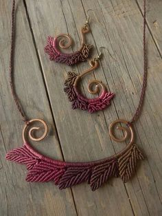Macrame worked on shaped wire. More wire crochet earrings at my shop…