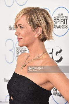 Kristen Wiig attends the 2015 Film Independent Spirit Awards. News Photo : Actress Kristen Wiig attends the 2015 Film.News Photo : Actress Kristen Wiig attends the 2015 Film. 2015 Hairstyles, Pixie Hairstyles, Pretty Hairstyles, Spirit Awards, Short Hair Cuts, Short Hair Styles, Corte Y Color, Long Pixie, Pixie Cut