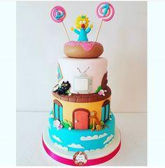 O Simpson, 40th Birthday, Birthday Ideas, Simpsons Cake, Desserts, Food, Food Cakes, Tailgate Desserts, Deserts