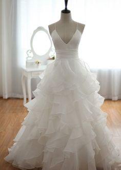 Beach Wedding Dress,A-line Wedding Dress,Cheap Wedding Dress,Spaghetti Straps Wedding Dress,Backless Wedding Dress,Sexy Wedding Dress,Bridal Dresses,Wedding Gown WD001