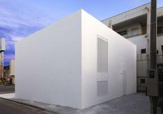 La #maison qui n'avait ni porte ni fenêtre tout droit venue du #Japon #immobilier #architecture