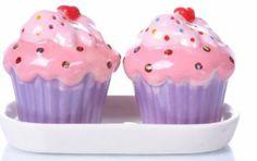 Pink & Purple Cupcake Salt & Pepper Set Cupcake Cookie Jar, Cupcake Kitchen Decor, Cozinha Shabby Chic, Western Kitchen Decor, Cupcake Collection, Pink Icing, Love Cupcakes, White Dishes, Salt And Pepper Set