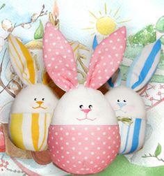 Szeretsz varrni? Szeretnél idén húsvétra a gyerekeknek egy igazán különleges, kedves ajándékot is adni a csokoládén kívül ( vagy helyette ) ? Próbáld ki ezeket a szuper aranyos húsvéti tojás alakú plüss nyuszikat! Jópofa ugye? Ezen a remek honlapon ...