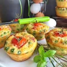 Minis Flans à l'italienne - Lotta Ell Italian Appetizers, Appetizer Recipes, Brunch Appetizers, Gluten Free Puff Pastry, Buffet, Minis, Finger Food, Clean Eating Snacks, Italian Recipes