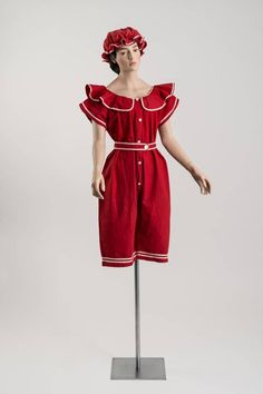 1904 - Red cotton twill bathing costume