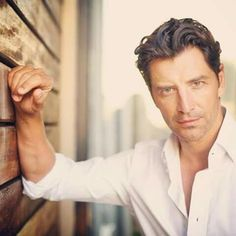Sakis rouvas Greek Music, Story Characters, People Like, Mens Fashion, My Love, Artists, News, Man Women, Greek