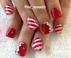 Polish Christmas Nail Art Designs - 47 Christmas Nail Art Designs to Inspire You! Find them all right here - http:christmas-nail-art-designs Xmas Nails, Red Nails, Love Nails, Pretty Nails, Red And White Nails, Polish Nails, Black Nail, Pastel Nails, Pretty Makeup