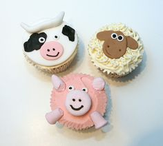 Farm-style picnic? Cow, Sheep and Pig Cupcakes