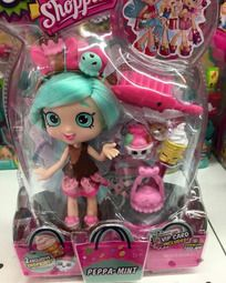 A new Shopkins Shoppie doll named Peppa-Mint was found at a Toys-R-US! This photo appeared Shopkins World, Shopkins Bday, New Shopkins, Shoppies Dolls, Shopkins And Shoppies, Toys For Girls, Kids Toys, Shopkins Season 8, Girl Dolls