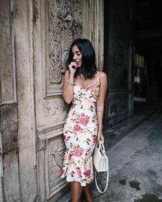 Night night in CUBA. ~ De corpo todo pra vocês!  meu amor por comprimentos midi, fica tão chiquezinho não acham? Tava doida pra usar esse vestido, achei a cara da viagem! | dress @jodrisp | braceletes @theofficialpandora | ph: @managollo
