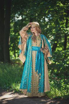 русский девичий праздничный наряд (КМ2093) - Дом Русской Одежды