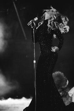 "beyonce: "" The Mrs. Carter Show World Tour London 2014 Photo Credit: Robin Harper "" Beyonce Knowles Carter, Beyonce And Jay Z, Divas, Beyonce Performance, King B, Beyonce Coachella, Beyonce Album, Concert Looks, Beyonce Style"