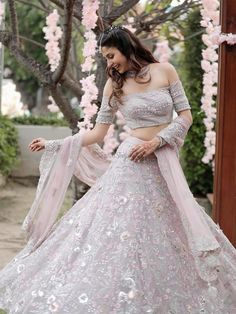 Indian Fashion Dresses, Indian Bridal Outfits, Indian Bridal Lehenga, Indian Gowns Dresses, Indian Bridal Fashion, Dress Indian Style, Indian Outfits Modern, Ethnic Outfits, Casual Outfits
