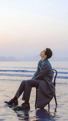Kpop Exo, Suho Exo, Beach Editorial, Beach Photography Poses, Galaxy Eyes, Exo Lockscreen, Gemini Man, Kim Junmyeon, Exo Members