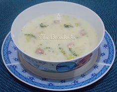 Sopa Creme com Brócolis e Bacon - Na Biroskinha Cheeseburger Chowder, Bacon, Broccoli Soup, Vegetable Stock, Brazilian Recipes, Soups, Diets, Meals, Pork Belly