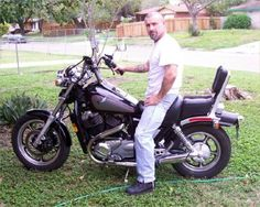 Motorcycle Pictures - 1986 Honda Shadow VT1100C