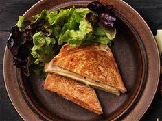Croque Monsieur - lämmin juusto-kinkkuleipä