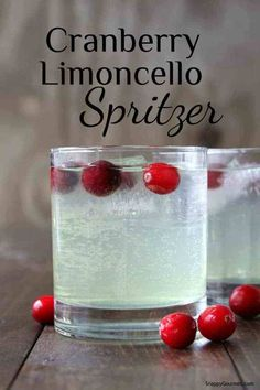 Cranberry Limoncello Spritzer Cocktail recipe - fun Italian cocktail and unique . - Cranberry Limoncello Spritzer Cocktail recipe – fun Italian cocktail and unique Italian spritzer! Limoncello Cocktails, Spritzer Drink, Drinks With Lemoncello, Disaronno Cocktails, Cointreau Cocktail, Cocktail Drinks, Fun Drinks, Yummy Drinks, Gourmet