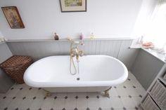 Roseburn Cottage, 40 Purdysburn Hill, Belfast #bahtroom