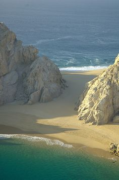 lovers-beach-cabo-san-lucas