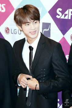 •161226 BTS' JIN @ 2016 SBS SAF Gayo Daejun Red Carpet