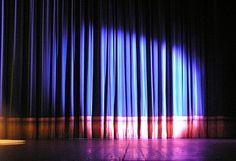A Prefeitura de Fortaleza aceita inscrições de projetos para o IX Festival de Teatro de Fortaleza, que acontece de 23 a 30 de novembro. Serão selecionados até 20 espetáculos de grupos amadores e profissionais, para se apresentarem duas vezes durante o evento.